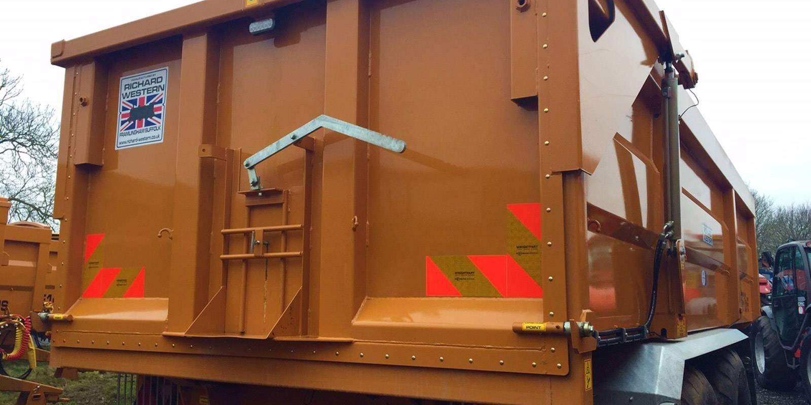 grain-trailers-rear.jpg