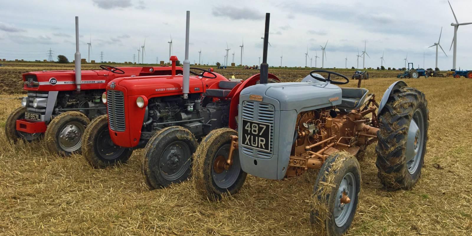 Romney-Marsh-Ploughing-Match-2017-tractors.jpg